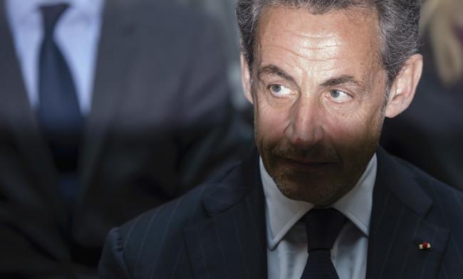 """Le """"prince de la transparence"""" Sarkozy fait la leçon au pdt du CSA"""