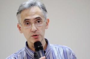 Bruno Toussaint, directeur de la revue Prescrire AFP / MIGUEL MEDINA