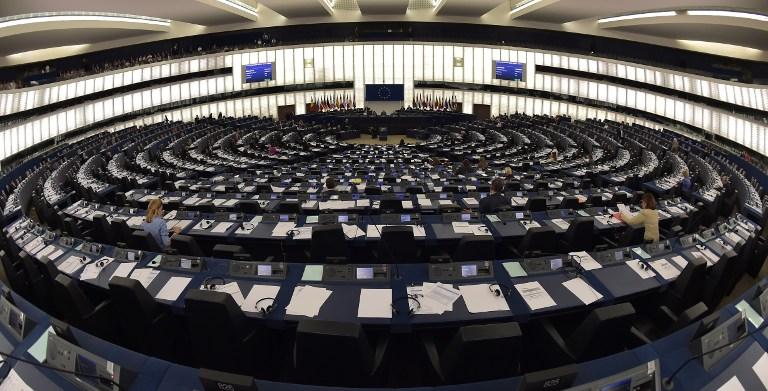 Le Parlement européen en passe de demander la protection des lanceurs d'alerte qui informent la presse