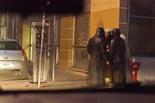 Devant une salle de prière du quartier de la Guillotière, à Lyon © LC