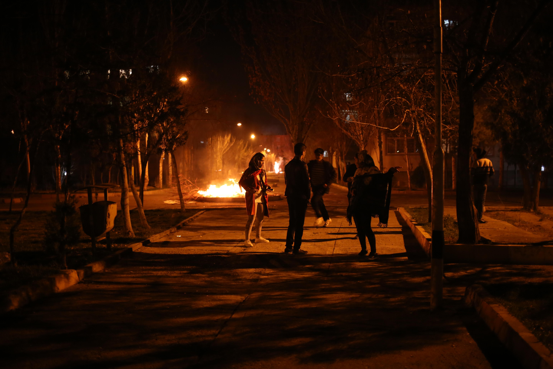 Iran: La Fête du feu érigée en symbole de la résistance